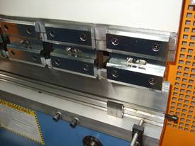 SM-PB40-1320NC2 1320MM X 40TON NC PRESSBRAKE  - picture3' - Click to enlarge