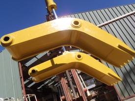 Attachment Thumb Suit 30-40 Ton - picture4' - Click to enlarge