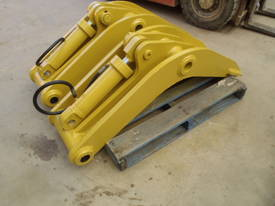 Attachment Thumb Suit 30-40 Ton - picture7' - Click to enlarge