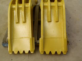 Attachment Thumb Suit 30-40 Ton - picture10' - Click to enlarge