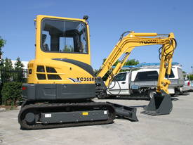 Yuchai YC35SR (Zero Swing) Mini Excavator - picture3' - Click to enlarge