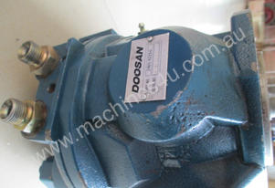 Cast iron hydraulic pump for 5T excavator