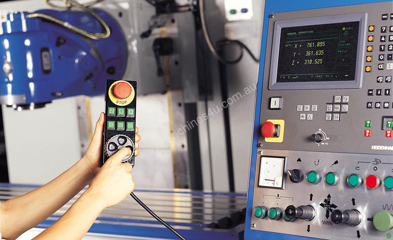 Compact bed type milling machine POINT