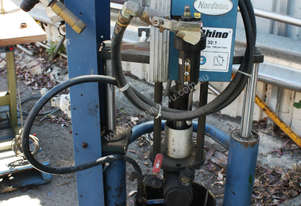 bulk unloader 32:1 ratio pneumatic pump glue seale