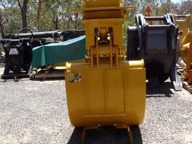 Rotating Hydraulic Grab Suit 20 Tonner - picture0' - Click to enlarge