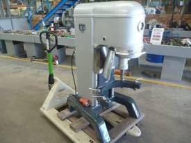 COMMERCIAL 60 LITRE PLANETARY DOUGH MIXER - picture3' - Click to enlarge