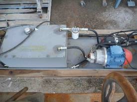 ELECTRIC HYDRAULIC POWER PACK/ 5.5HP - picture0' - Click to enlarge