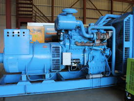 Generator Rolls Royce 700kVA - picture0' - Click to enlarge