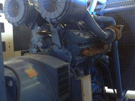Generator Rolls Royce 700kVA - picture4' - Click to enlarge