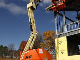 JLG 340AJ Articulating Boom Lift - picture2' - Click to enlarge