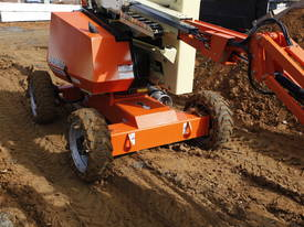 JLG 340AJ Articulating Boom Lift - picture3' - Click to enlarge