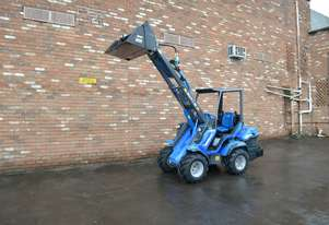 Multione 8.4s Loader/Tool Carrier Loader