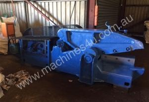 Alligator Cropper/Shear for Scrap Metal