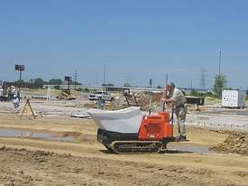 Canycom SC75 Rubber Track Concrete Buggy - picture3' - Click to enlarge