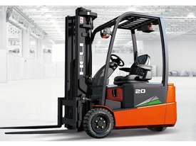 THREE WHEEL FRONT WHEEL DRIVE ELECTRIC FORKLIFT - picture0' - Click to enlarge