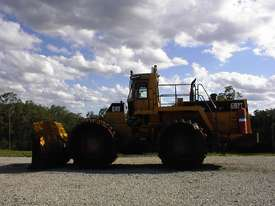 Caterpillar 992T compactor - picture2' - Click to enlarge