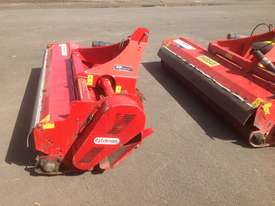 Howard Trimax Warlord S3 235 Tractor Mulcher - picture7' - Click to enlarge