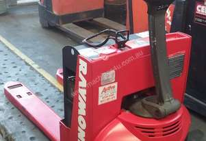 Raymond Electric Pallet Jack/Truck Pallet Mover Runs Well