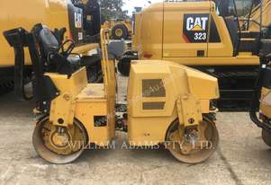 CATERPILLAR CB22 Vibratory Double Drum Asphalt