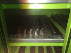 Used Mebusa CNC Hyd Pressbrake - picture8' - Click to enlarge