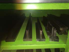 Used Mebusa CNC Hyd Pressbrake - picture9' - Click to enlarge