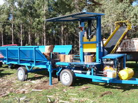 Superaxe Infeed Hopper - picture2' - Click to enlarge