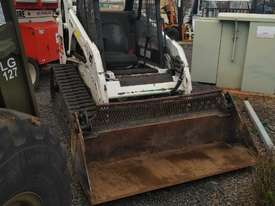 skid steer bobcat - picture6' - Click to enlarge
