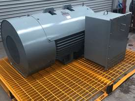 220 kw 300 hp 4 pole 415 volt 315 frame AC Electric Motor - picture0' - Click to enlarge