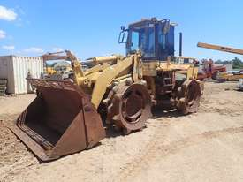 Caterpillar 938F Compactor - picture0' - Click to enlarge