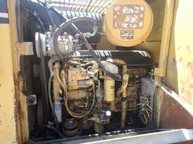 Caterpillar 938F Compactor - picture10' - Click to enlarge