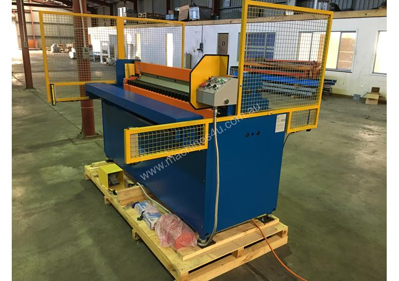 Duct Folding Machine
