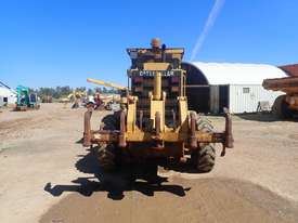Caterpillar 12H Grader - picture2' - Click to enlarge