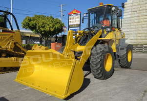 KOMATSU WA100-6 Wheel loader Work Ready combo MACHWL