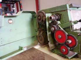 Centre Lathe 415v - picture6' - Click to enlarge