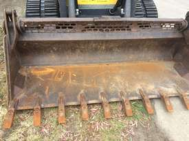 2016 New Holland C238 Track Loader - picture1' - Click to enlarge