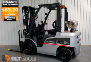 Nissan 2.5 Tonne Forklift Container Mast Sideshift New Steer Tyres