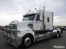 2013 Freightliner Coronado 114 - picture2' - Click to enlarge