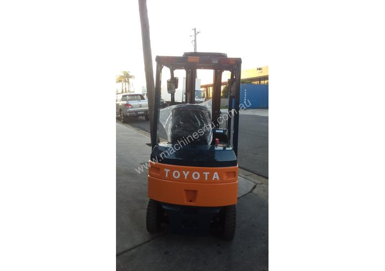 TOYOTA ELECTRIC FORKLIFT 1.8 TON 2017 MODEL BATTERY 5.5M LIFT