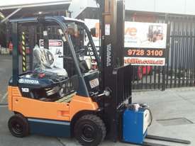 TOYOTA ELECTRIC FORKLIFT 1.8 TON 2017 MODEL BATTERY 5.5M LIFT - picture5' - Click to enlarge
