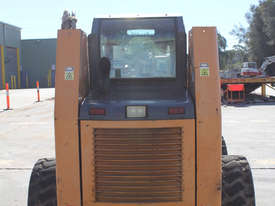 Case 90XT Skid Steer Loader - picture1' - Click to enlarge