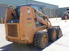 Case 90XT Skid Steer Loader - picture4' - Click to enlarge