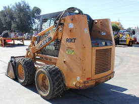 Case 90XT Skid Steer Loader - picture6' - Click to enlarge