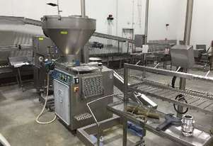 Vacuum Filler with bin lifter