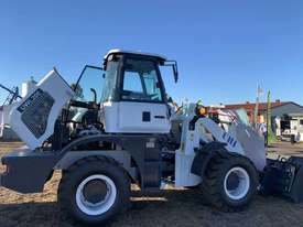 2019 UHI Wheel Loader 2T Capacity 100HP Hyd Pilot Control Free 3 Buckets Spare Tyre - picture0' - Click to enlarge