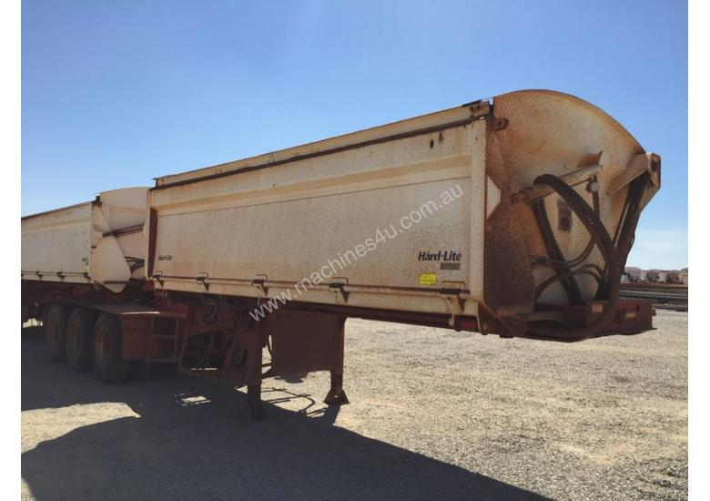 2011 RWT TRIAXLE 350 TRAILER