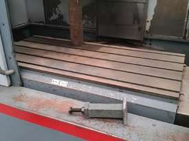 used Vertical Machining centre - picture2' - Click to enlarge