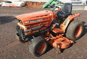 Kubota B6200HST with mid mount mower