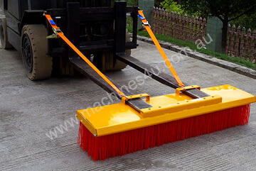 Heavy Duty Forklift Brooms / Forklift Sweepers