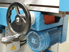 BM-70VE Turret Milling Machine (X) 1050mm (Y) 420mm (Z) 500mm Includes Digital Readout - picture13' - Click to enlarge