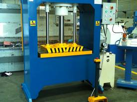 310Ton H Frame Heavy Duty Hydraulic Platen Press - picture3' - Click to enlarge